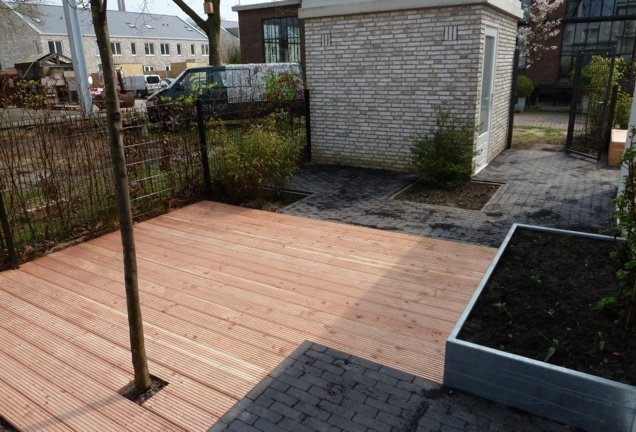 Kleine moderne tuin eindhoven hoveniersbedrijf d n elzenhof someren